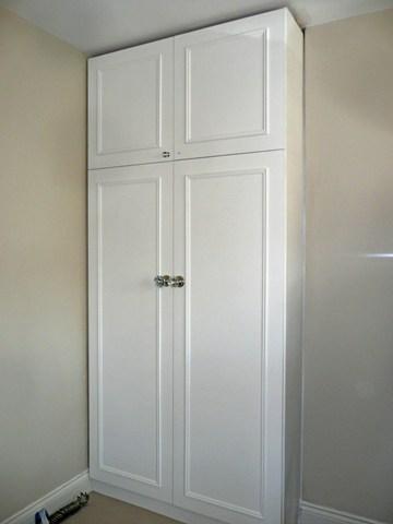 white wardrobes